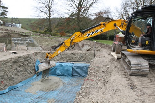 New swimming pool - concrete going in