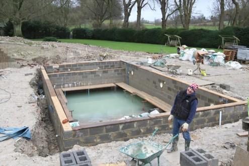 New swimming pool taking shape 11